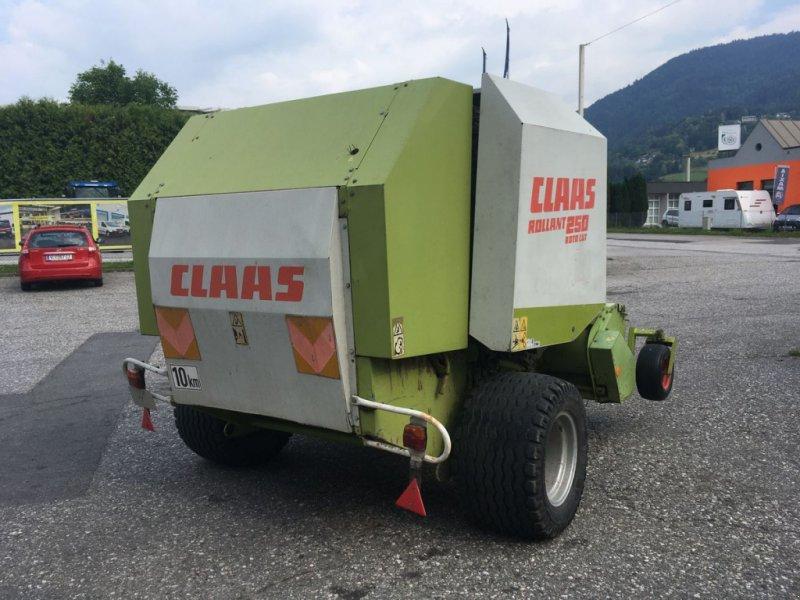 Rundballenpresse des Typs CLAAS Rollant 250 RC, Gebrauchtmaschine in Villach (Bild 3)