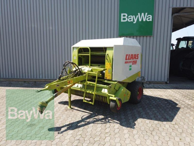 Rundballenpresse des Typs CLAAS ROLLANT 250, Gebrauchtmaschine in Manching (Bild 1)