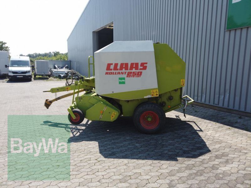 Rundballenpresse des Typs CLAAS ROLLANT 250, Gebrauchtmaschine in Manching (Bild 6)