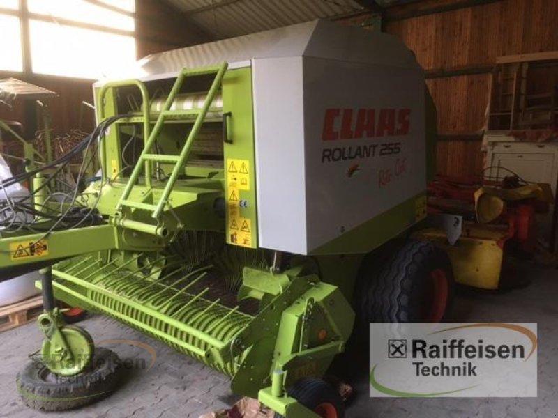 Rundballenpresse des Typs CLAAS Rollant 255, Gebrauchtmaschine in Homberg/Efze (Bild 1)