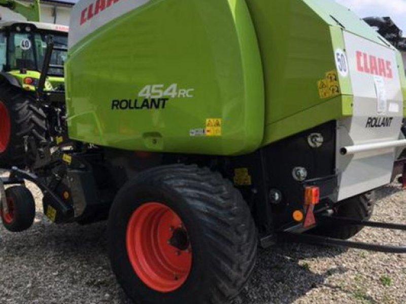 Rundballenpresse des Typs CLAAS ROLLANT 454 RC PRO, Vorführmaschine in Moos-Langenisarhofen (Bild 4)