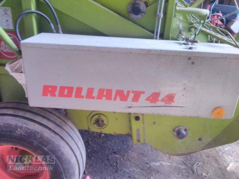 Bild CLAAS Rollant44