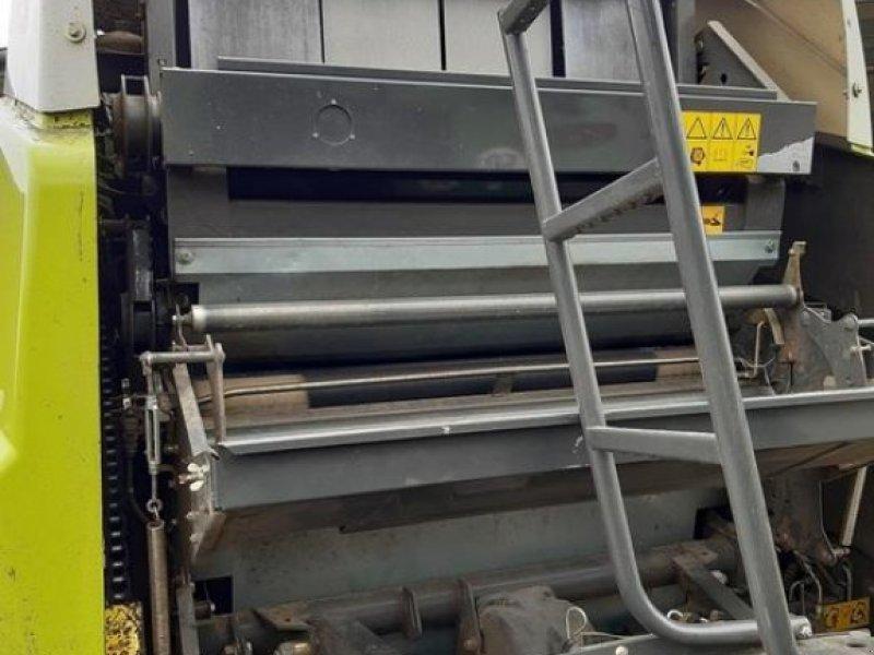 Rundballenpresse des Typs CLAAS VARIANT 385 RC, Gebrauchtmaschine in Walsrode (Bild 10)