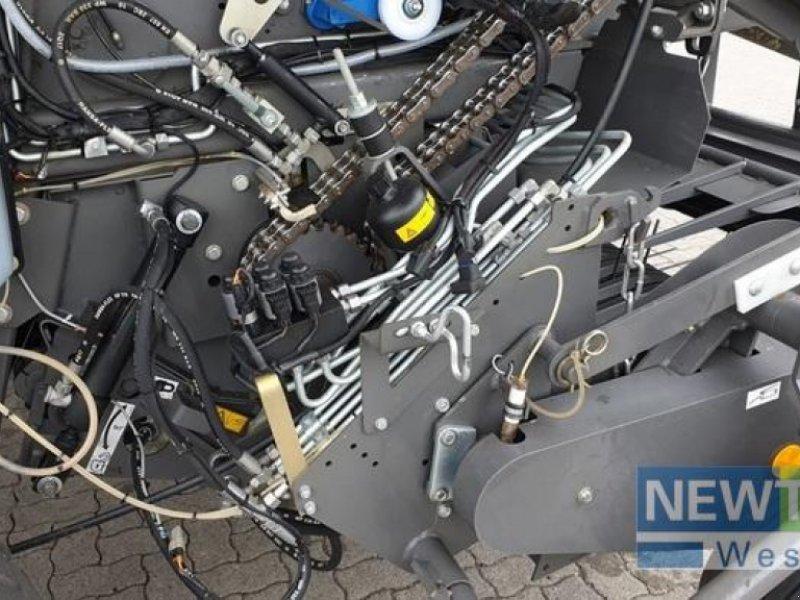 Rundballenpresse des Typs Fendt 4180 V, Gebrauchtmaschine in Syke-Heiligenfelde (Bild 15)
