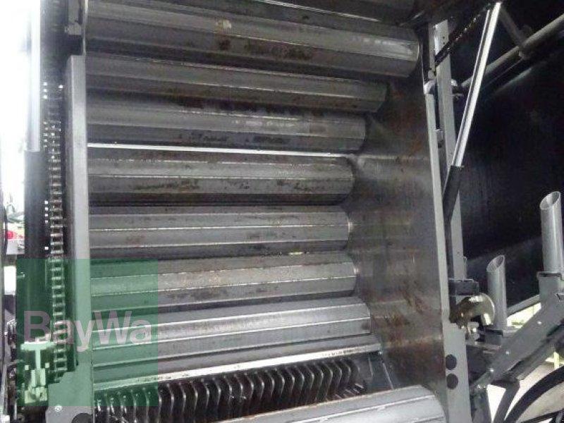 Rundballenpresse des Typs Fendt Rotana 130 F Press- / Wickelkombi, Neumaschine in Traunstein (Bild 10)
