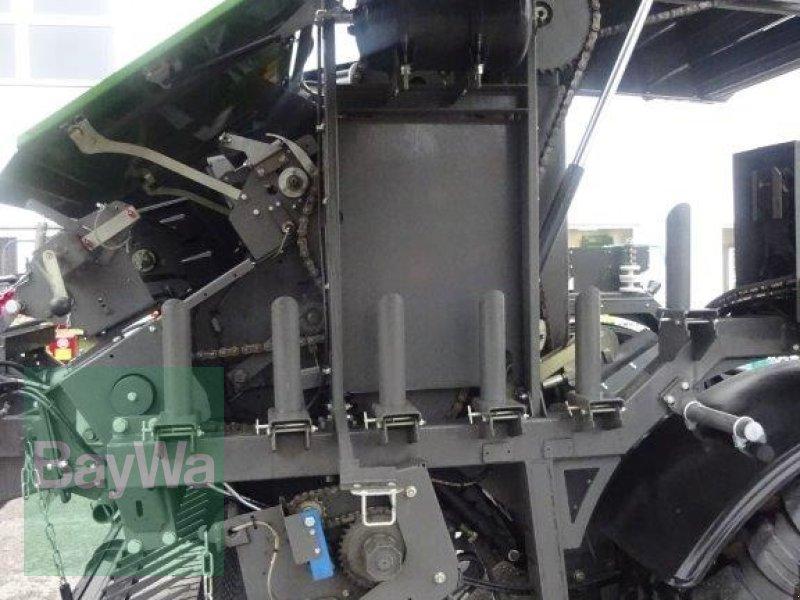 Rundballenpresse des Typs Fendt Rotana 130 F Press- / Wickelkombi, Neumaschine in Traunstein (Bild 11)