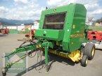Rundballenpresse des Typs John Deere 570 in Murau