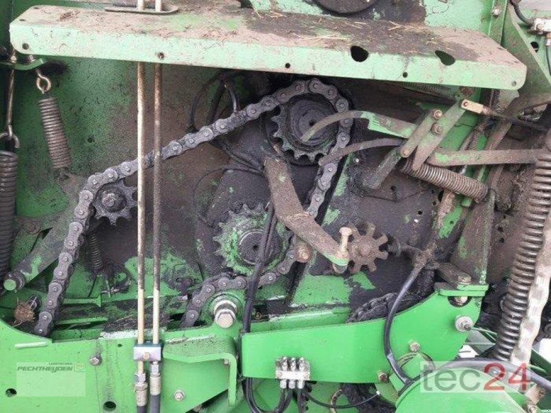 Rundballenpresse des Typs Krone Comprima F155 XC, Gebrauchtmaschine in Rees (Bild 6)