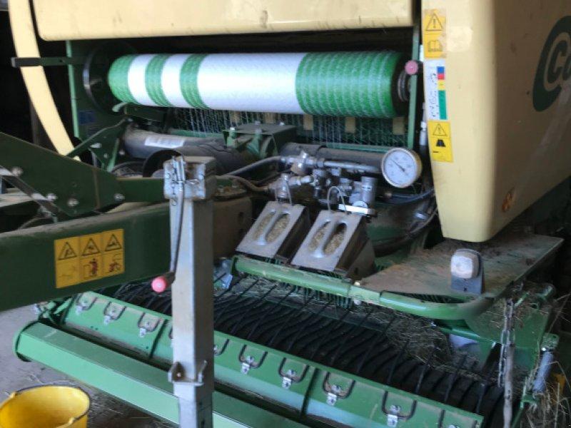 Rundballenpresse des Typs Krone Comprima V 150 XC, Gebrauchtmaschine in 56305 Niederdreis (Bild 1)