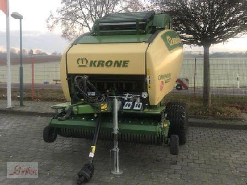 Rundballenpresse des Typs Krone Comprima V210 XC, Vorführmaschine in Runkel-Ennerich (Bild 1)