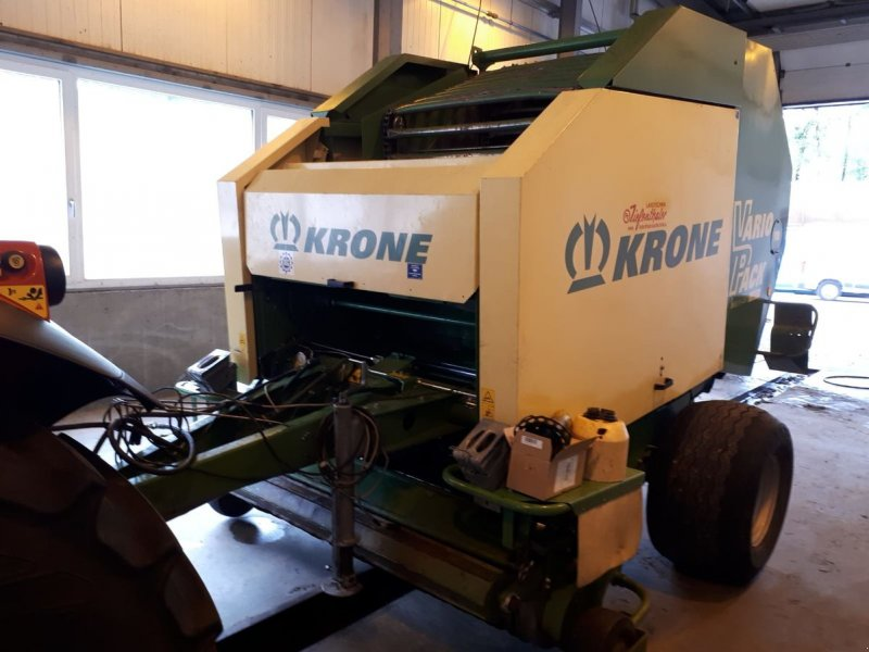 Rundballenpresse des Typs Krone Rundballenpresse RP 1800 VarioPack, Gebrauchtmaschine in Bergheim (Bild 1)