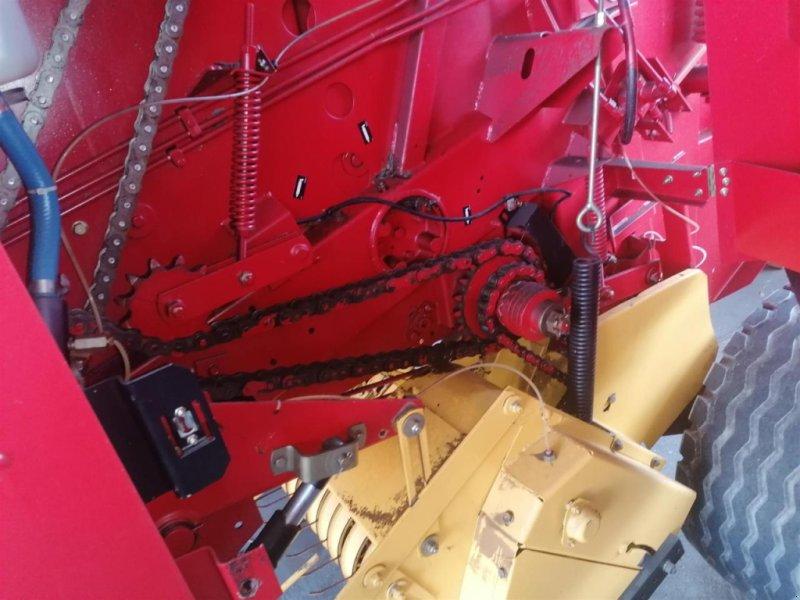 Rundballenpresse des Typs New Holland 648, Gebrauchtmaschine in Ampfing (Bild 7)