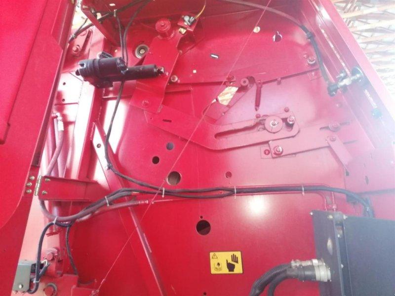 Rundballenpresse des Typs New Holland 648, Gebrauchtmaschine in Ampfing (Bild 8)