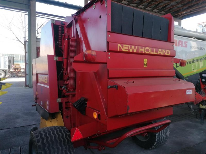 Rundballenpresse des Typs New Holland 648, Gebrauchtmaschine in Ampfing (Bild 2)