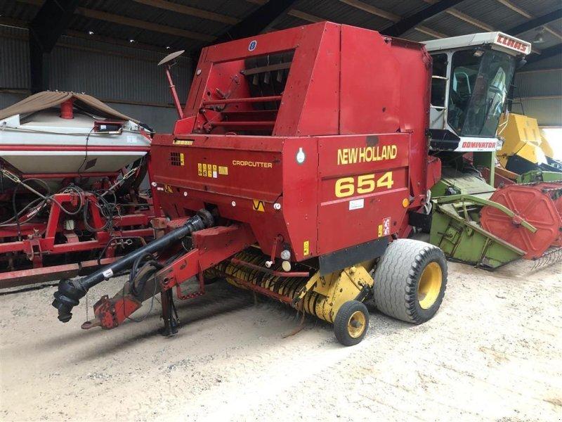 Kép New Holland 654 RUNDBALLEPRESSER Cropcutter