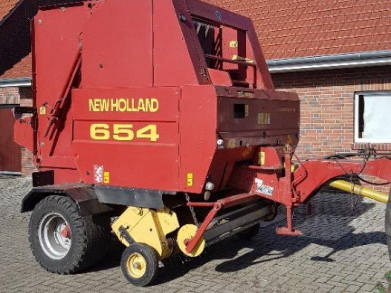 Rundballenpresse des Typs New Holland 654, Gebrauchtmaschine in Itterbeck (Bild 1)