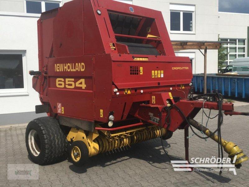 Rundballenpresse des Typs New Holland 654, Gebrauchtmaschine in Westerstede (Bild 1)