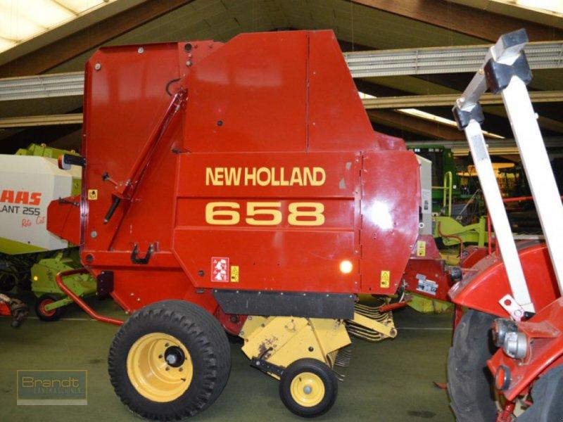 Rundballenpresse des Typs New Holland 658 Cropcutter, Gebrauchtmaschine in Bremen (Bild 1)