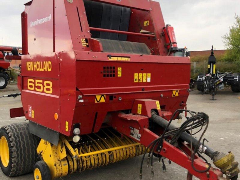 Rundballenpresse des Typs New Holland 658, Gebrauchtmaschine in Middelfart (Bild 1)