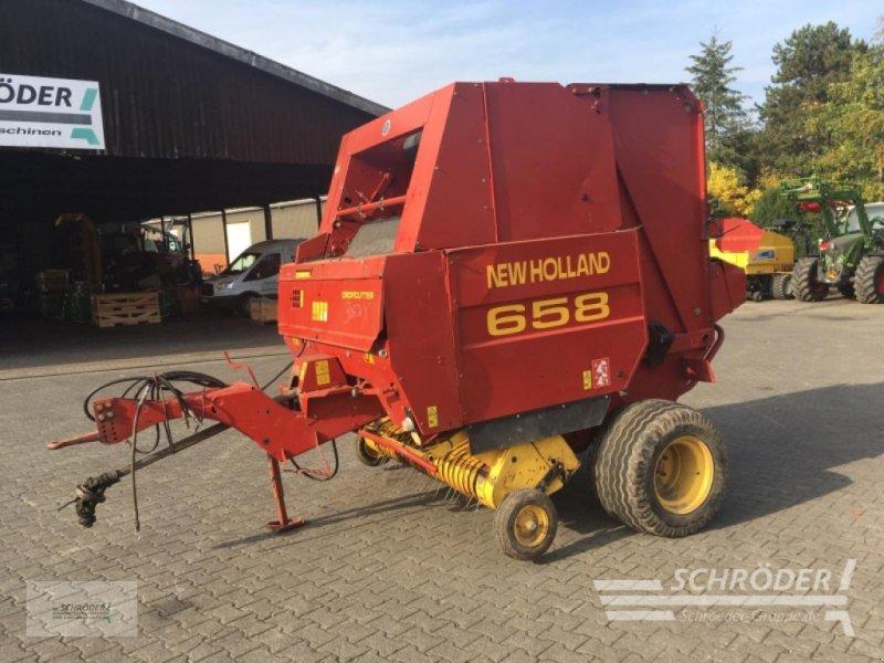 Rundballenpresse des Typs New Holland BR 658, Gebrauchtmaschine in Wildeshausen (Bild 1)