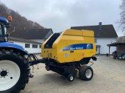 New Holland BR 7070 Cropcutter Rundballenpresse