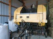 New Holland BR 740 Prasa zwijająca & rolująca