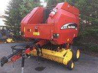 New Holland BR 750 Crop Cutter Rundballenpresse