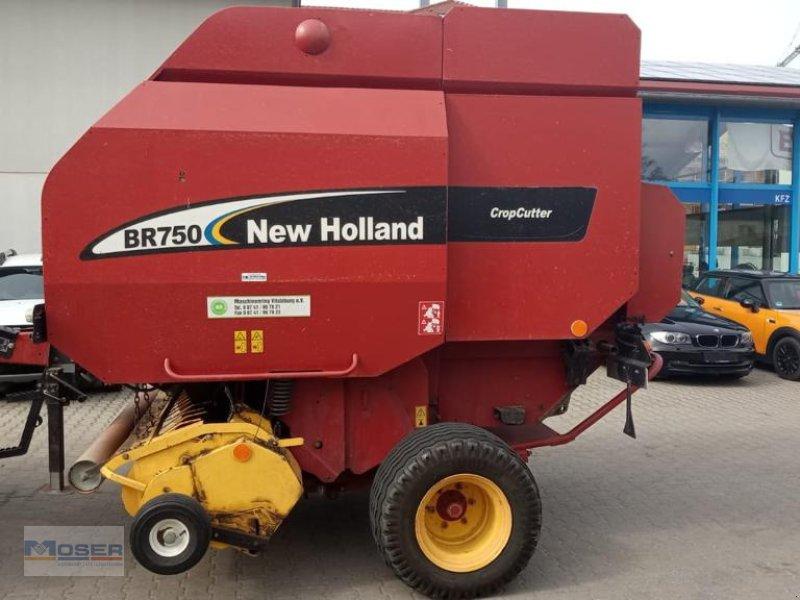 Rundballenpresse des Typs New Holland BR 750, Gebrauchtmaschine in Massing (Bild 1)