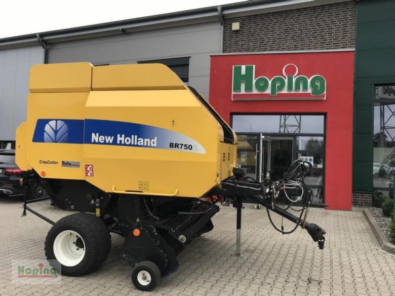 Rundballenpresse des Typs New Holland BR 750A, Gebrauchtmaschine in Bakum (Bild 1)