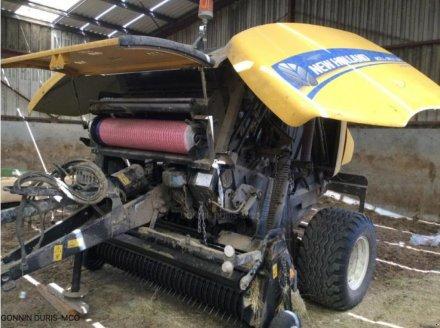 Rundballenpresse a típus New Holland ROLL-BELT 150, Gebrauchtmaschine ekkor: RIVARENNES (Kép 2)