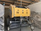 Rundballenpresse typu New Holland ROLL BELT 150 v STENAY