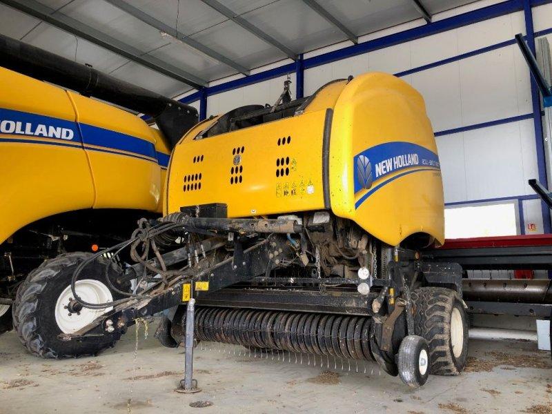 Rundballenpresse typu New Holland ROLL BELT 180 SUPERFEED, Gebrauchtmaschine v Montauban (Obrázok 1)