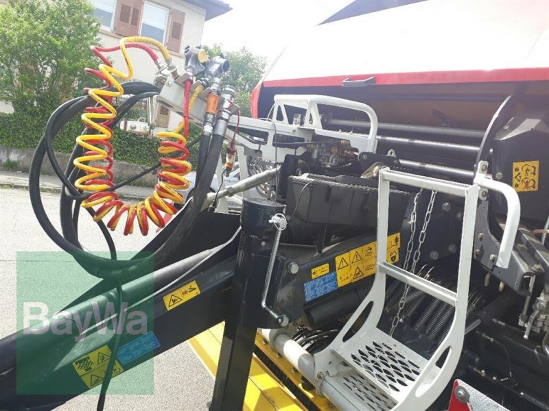 Rundballenpresse des Typs Pöttinger Impress 185 V Pro, Gebrauchtmaschine in Nürtingen (Bild 3)