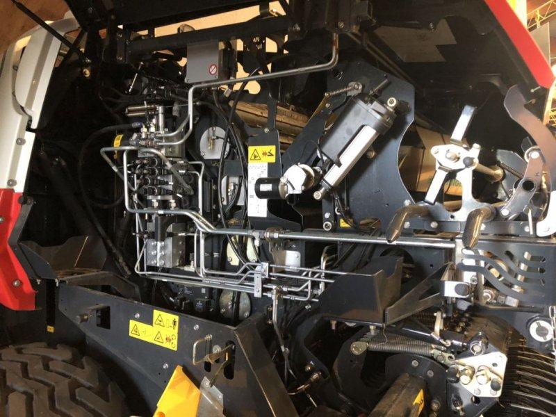 Rundballenpresse des Typs Pöttinger Rundballenpresse Impress 125 F pro, Gebrauchtmaschine in Bergheim (Bild 5)