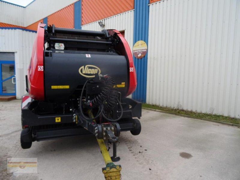 Rundballenpresse des Typs Vicon 4220 SC 14 FlexiWrap, Gebrauchtmaschine in Böklund (Bild 1)