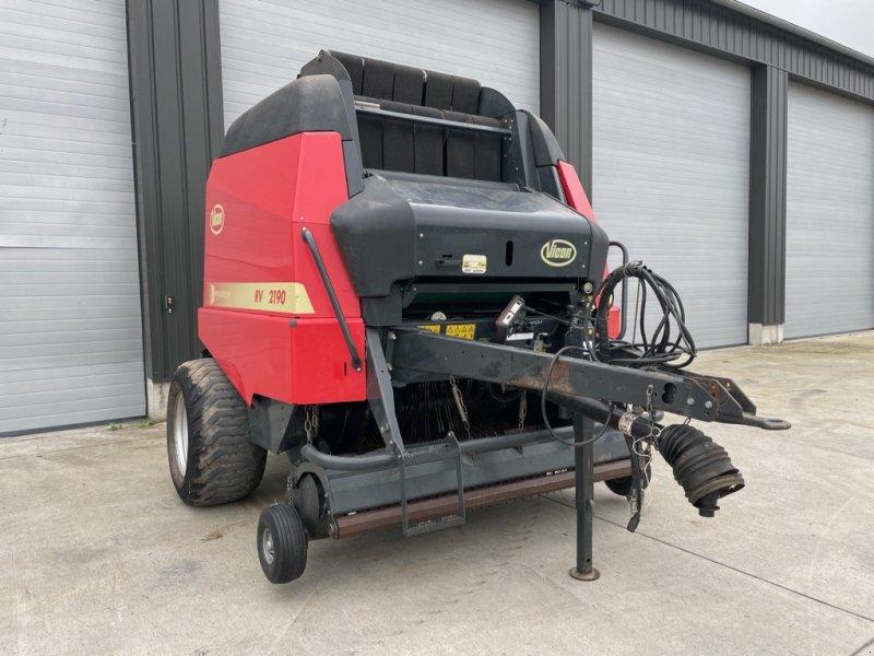 Rundballenpresse типа Vicon RV 2190 OCC, Gebrauchtmaschine в SAINT CLAIR SUR ELLE (Фотография 1)