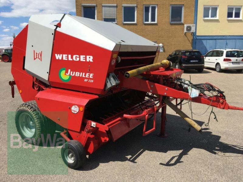 Rundballenpresse des Typs Welger Jubilee RP 220, Gebrauchtmaschine in Obertraubling (Bild 4)