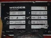 Rundballenpresse des Typs Welger RP200 in Aalen