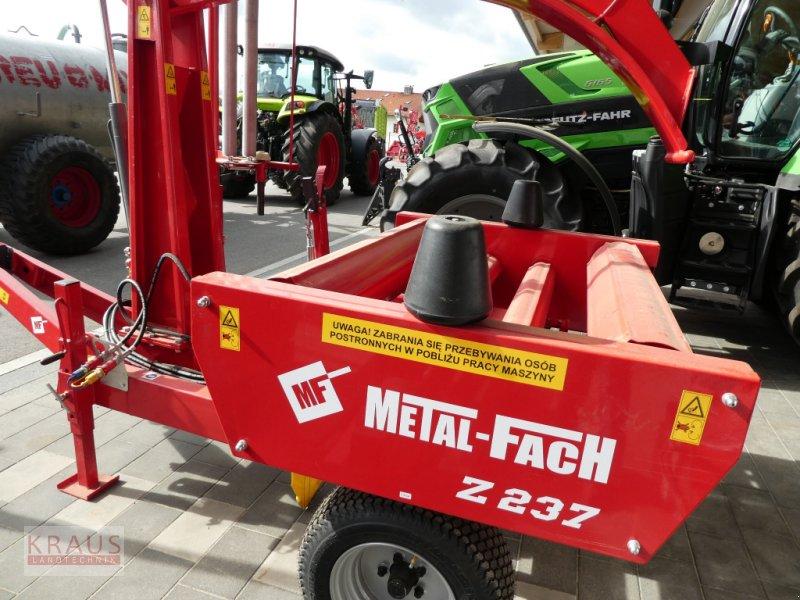 Rundballenwickelgerät типа Metal-Fach Z 237, Neumaschine в Geiersthal (Фотография 2)