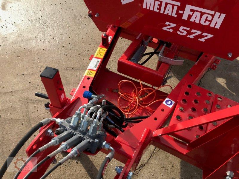 Rundballenwickelgerät типа Metal-Fach Z577, Neumaschine в Tiefenbach (Фотография 8)