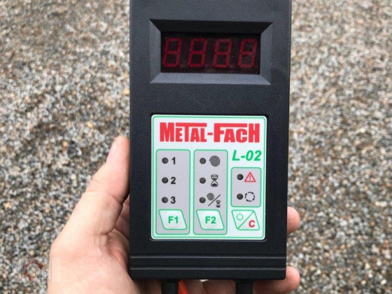 Rundballenwickelgerät des Typs Metal-Fach Z577, Neumaschine in Tiefenbach (Bild 3)