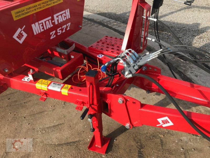 Rundballenwickelgerät des Typs Metal-Fach Z577, Neumaschine in Tiefenbach (Bild 7)