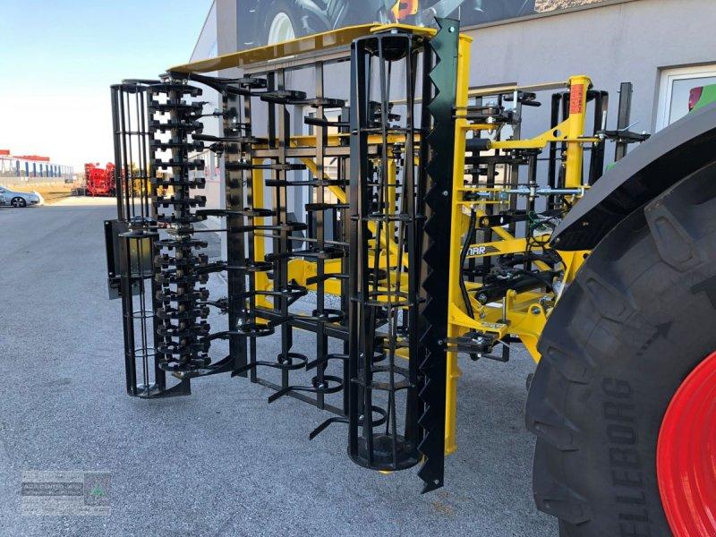 Saatbettkombination/Eggenkombination des Typs Bednar Swifter SN 4000, Neumaschine in Gerasdorf (Bild 1)