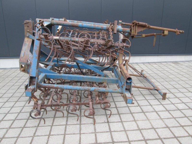 Saatbettkombination/Eggenkombination des Typs Rabe EKZ 4, Gebrauchtmaschine in Wülfershausen an der Saale (Bild 1)