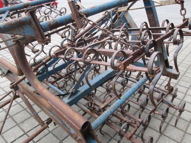 Saatbettkombination/Eggenkombination des Typs Rabe EKZ 4, Gebrauchtmaschine in Wülfershausen an der Saale (Bild 7)