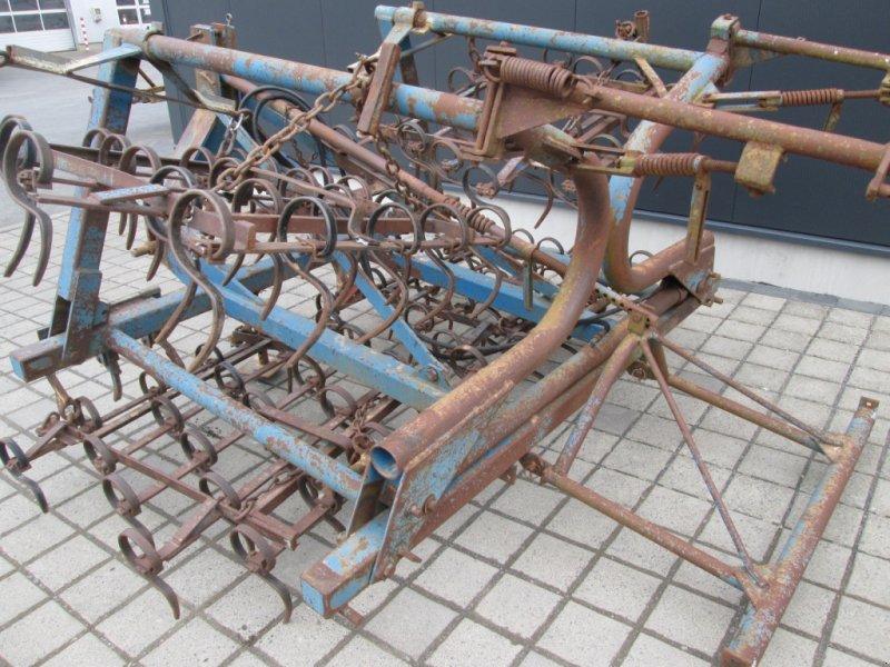 Saatbettkombination/Eggenkombination des Typs Rabe EKZ 4, Gebrauchtmaschine in Wülfershausen an der Saale (Bild 9)