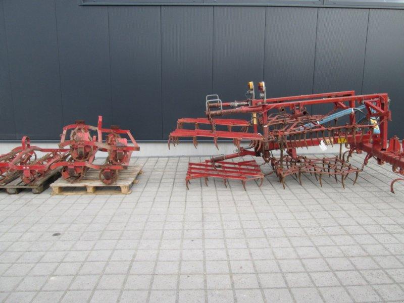 Saatbettkombination/Eggenkombination типа Rau Unimat 330, Gebrauchtmaschine в Wülfershausen an der Saale (Фотография 1)