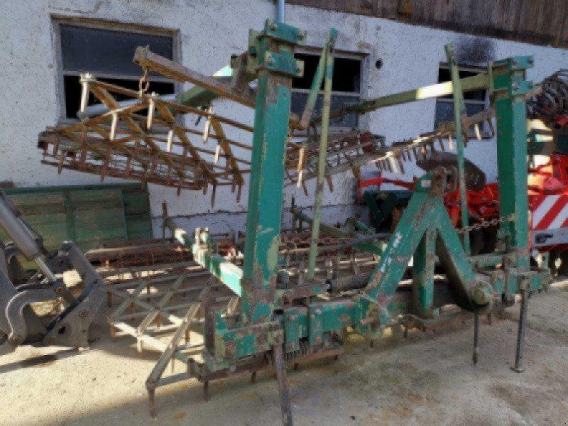 Saatbettkombination/Eggenkombination des Typs Regent 560 Saatbeetkombi mit Planierschinen, 6 zinkenreihen, doppelkrümler, Gebrauchtmaschine in Burgkirchen  (Bild 2)
