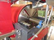 Sägeautomat & Spaltautomat des Typs Neuhauser Entrindungsmaschine, Neumaschine in Pliening