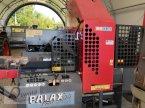 Sägeautomat & Spaltautomat des Typs Palax Power 100 S in Regen